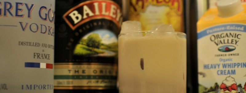 Mudslide Drink with Kahlua