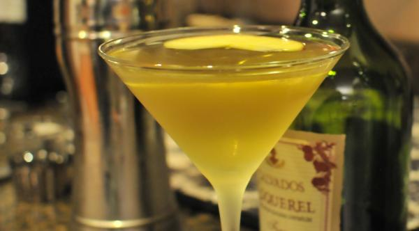 Rumpletini - a variation of appletini